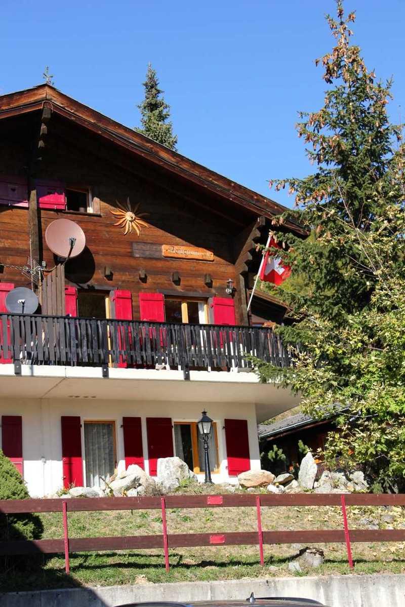 Prachtig Chalet 6 pers. Bellwald, Wallis met Parkeerplaats/Openhaard/Vrij uitzicht/Balkon/Terras/WIFI