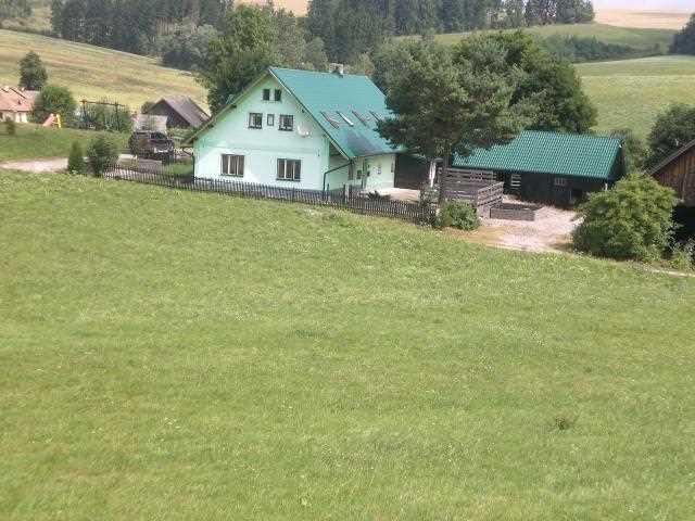 Vakantiewoningen in het Reuzengebergte. Rust, natuur, speelomgeving, betaalbaar, wintersport, spelen met andere kinderen