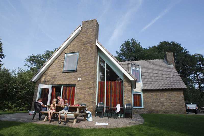 Familiehuizen op Vakantiepark Witterzomer Assen