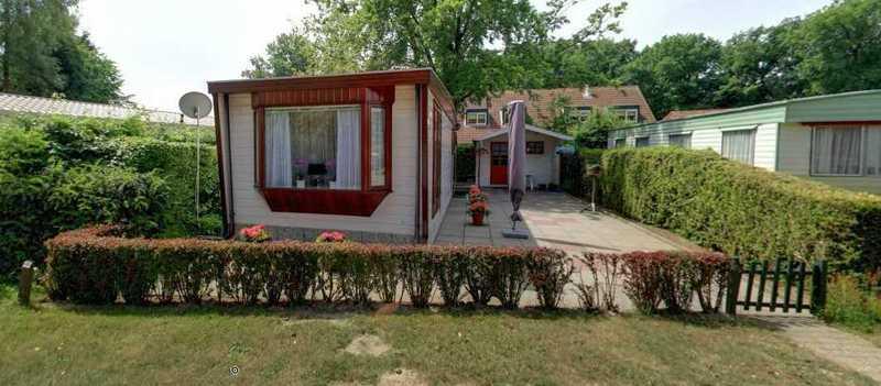 TE KOOP / TE HUUR: Chalet op familiepark de Vechtvallei   € 9500.-
